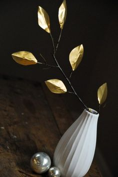 Make Gold Tape Leaves