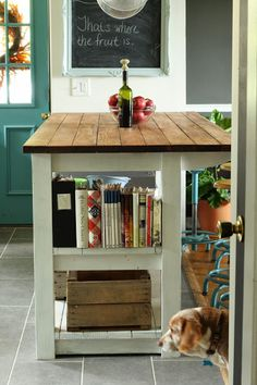 Country Kitchen on a budget with tons of style - part of this fun house tour with great DIY ideas!