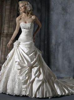 I guess that I can always dream wedding dressses, idea, dream dress, ball gowns, weddings, dresses, romantic lace, ambrosia, handmade flowers