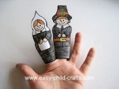 Thanksgiving Finger Puppets for children - print out the pattern!