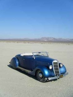 1935 Ford Roadster.