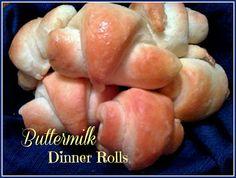 cook, sweet tea, buttermilk dinner, dinner roll, food