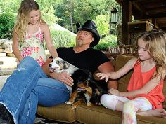 Trace Adkins and his family have two Australian shepherds, Daisy and Bella