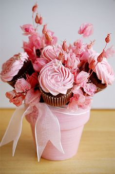 pink flowers, cupcake bouquets, bachelorette parties, flower pot, flower bouquets, wedding cupcakes, flower cupcakes, pink cupcakes, bachelorette party ideas