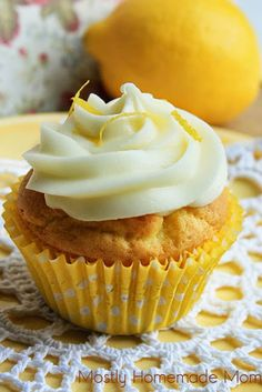 Lemon Pudding Cupcakes with Lemon Cream Cheese Frosting