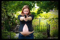 Bad Pregnancy Photos Vol. I: Gun Packin' Mommas! see all 10! #humor #wtf #babies maternity