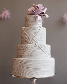 Cake + Mini Cupcakes: The Caketress #wedding #lilac