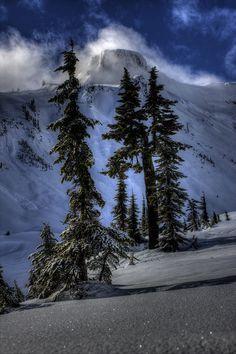 Table Mountain, North Cascades Mountain, Washington, USA.