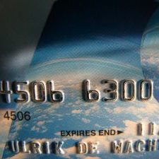 Travel Tip: Chip and Pin vs. Chip and Signature Credit Cards