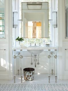 Bathroom Decorating Inspiration: Veranda's Most Memorable Spaces