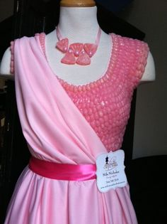 Bubble Gum jelly bean top displayed during the Pink Soles breast Cancer event. Design by Curlicues & Confections