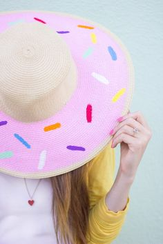 National Donut Day is Friday, June 6th! Get festive with a wonderful hat like this one made by Kelly from StudioDIY with #marthastewartcrafts paints! #12monthsofmartha