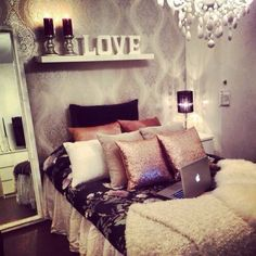 Great bedroom. Love those gold decorative pillows! I just wish it was a bit brighter ❤️ floating shelves, bedroom decor, color, teen rooms, cozy bedroom, decorative pillows, accent walls, girl rooms, dream rooms