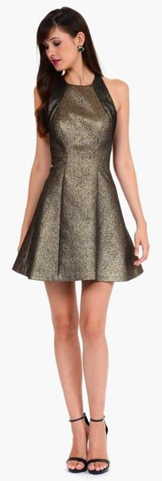 Bronze it up, with a gorgeous dress!