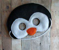 Felt Penguin Mask, E