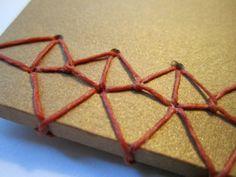 Japanese stab binding pattern: 'Knotty'