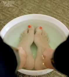 Listerine & Vinegar Soak For Softer, Smoother Feet! from One Good Thing by Jillee - she says this remedy seen around Pinterest actually does work!