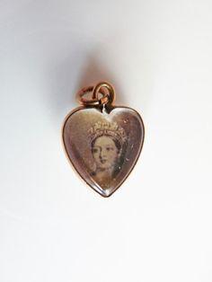 9ct Gold Charm Queen Victoria, via Etsy.