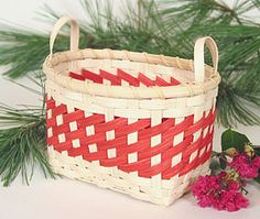 I made a couple heart baskets years ago.  Now I'm getting the urge to weave again.