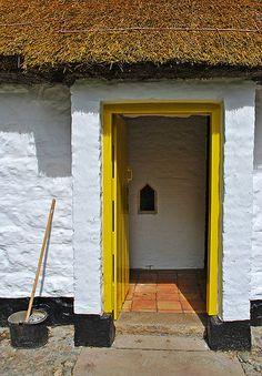 Irish Cottage Door 1