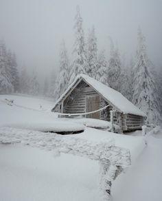 winter cabin<3