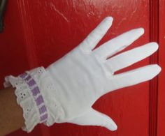 Vintage 1950s White w Eyelet n Purple Ribbon Gloves S by Flashbax, $12.00