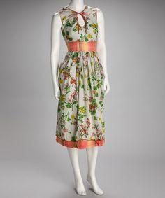 Love this pretty dress