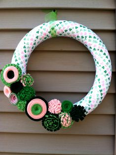 St Patricks Day Wreath  Green & Pink Shamrock by stringnthings, $42.00