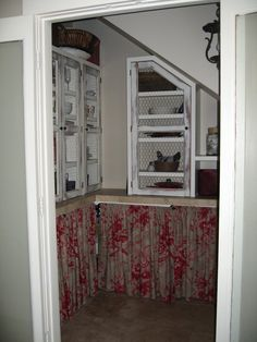 love this low country butlers pantry......chicken wire and curtains below.....perfection