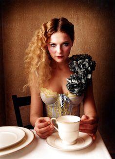 Kristen Dunst by Annie Leibovitz