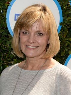 25 Easy Short Hairstyles for Older Women | PoPular Haircuts