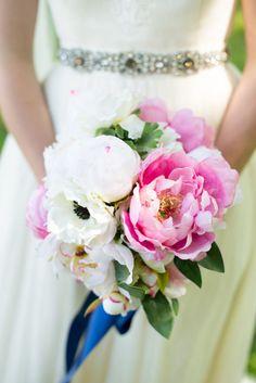 Bright bouquet: http://www.stylemepretty.com/tennessee-weddings/nashville/2014/10/21/boho-chic-nashville-wedding/   Photography: Jessica Ranae - http://www.jessicaranaephotography.com/