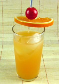 Georgia Pie (1/2 oz Southern Comfort  1/2 oz peach schnapps  1/2 oz Malibu rum  1 1/2 oz Orange juice  Pineapple juice  Dash of grenadine)