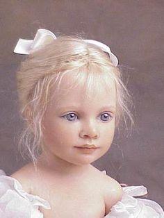 """Heloïse - poupées de collection 2002 """"Paloma"""""""