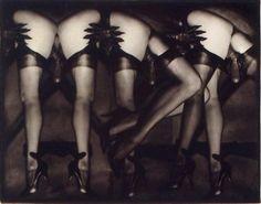 """PierreMolinier(1900-1976),""""Le Chaman et ses créatures"""",vers 1970,épreuve gélatino-argentique, photomontage,musée national d'Art moderne - Centre Georges Pompidou (Paris)."""