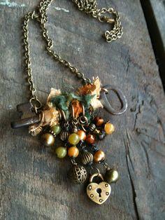 vintage keys, bead, skeleton keys, old key collection, skeleton key necklace, ideas with old keys, old keys jewelry, necklaces ideas, vintag skeleton