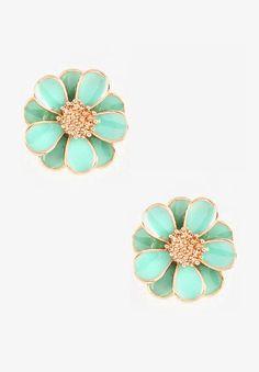 Such cute earrings.