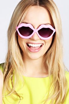 Arlene Lip Shaped Novelty Sunglasses