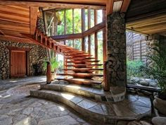 This is from a 12.4 million dollar house in HI... the monthly mortgage payment would be over 45k... lets keep dreaming, shall I?