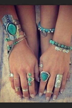 Boho chic style stacked turquoise bracelets, silver bangles & cuffs, modern hippie chunky rings. For more Bohemian fashion trends FOLLOW @HappyGoLicky Custom Silver Jewelry on Etsy Custom Silver Jewelry on Etsy http://www.pinterest.com/happygolicky/the-best-boho-chic-fashion-bohemian-jewelry-gypsy-/