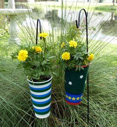 plant hangers, crafts with fast food cups, art project, soda cup, hanging planters, garden, backyards, cup planter, fast foods