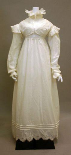 White cotton morning dress, British, ca. 1819.
