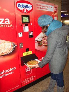 ITS A PIZZA VENDING MACHINE!
