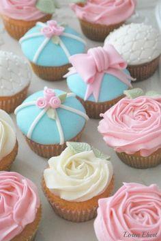 Pink Lemonade Cupcakes with Vanilla Buttercream  All Fondant Decoration
