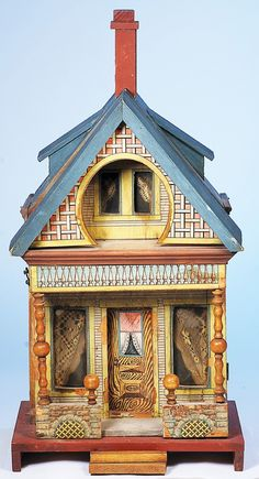 """American wooden """"keyhole"""" doll house"""