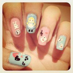 Alice in Wonderland nails.