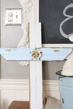 DIY : easy Easter garden decoration made from reclaimed wood.