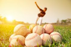With spring sports now in full swing, health care experts are warning athletes to protect their eyes from injury.