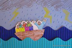 Jesus Calms the Storm Craft - AWANA Cubbies Bear Hug #17 - Meaningfulmama.com