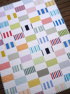 Seashells by the Seashore - Quilt, fun use of stripes